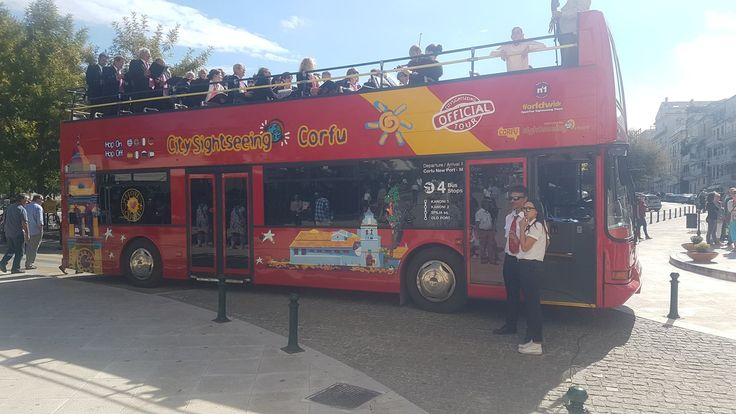 The choire of Argyrades on top of our bus at Espianada Square.  #corfuSightseeing #citySightseeing #corfu #greece
