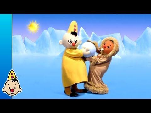 Brrr, trek maar een dikke trui aan. Bumba en zijn vriendjes reizen naar het land van de sneeuw. Pak je vriendje Bumba beet en glijd mee op de slee, jiepiejee!