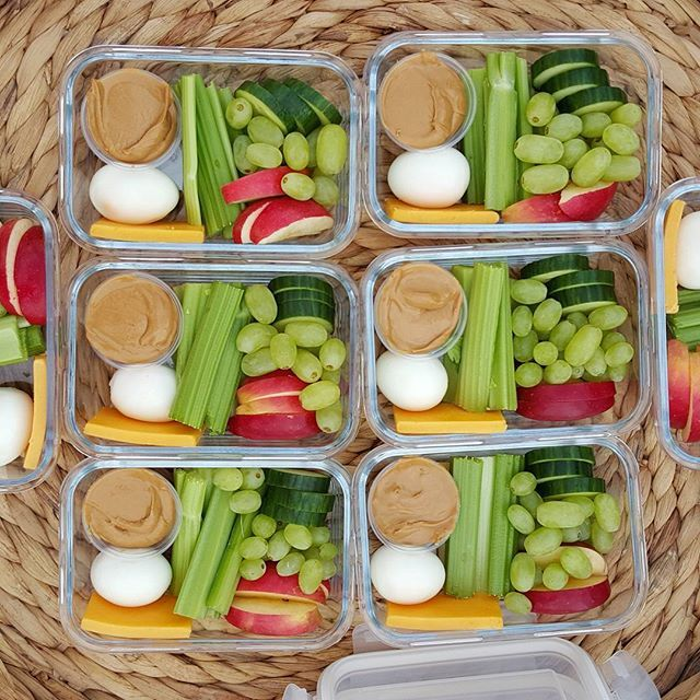 Copycat Starbucks Protein Bistro Box . . Pin it! http://cleanfoodcrush.com/protein-bistro-boxes/ . . { Back-to-School time baby! Seriously my favorite time of year heading into Fall. Love getting re-organized & focused. I seem to do better in all areas of my life when I'm under 'forced' schedules. Anyone else? Sooo excited to post healthy lunch ideas, and family dinners these next few months (for YOU, and me ! } These little bento/bistro boxes are great for kids, & their moms! I used gl...