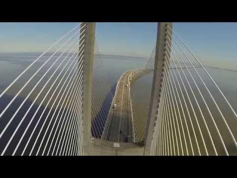 ▶ Ponte Vasco da Gama - DJI Phantom + GoPro 3 - YouTube