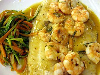 http://gnt.globo.com/receitas/Linguado-ao-molho-de-camarao-com-espaguete-de-vegetais.shtml