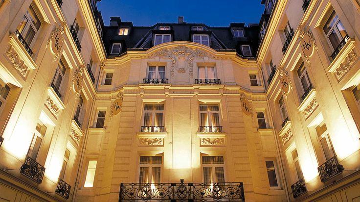 Hotel Westminster à Paris France | Splendia - http://pinterest.com/splendia/