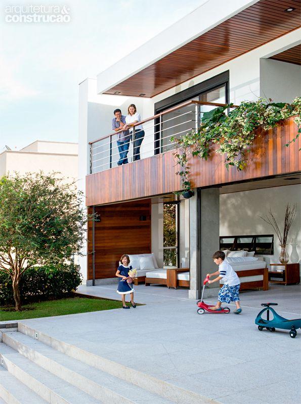 Casa em Goiânia / Frederico Bretones e Roberto Carvalho #granitoitaunas #facade