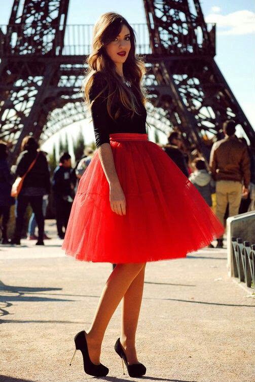 Falda roja de tul