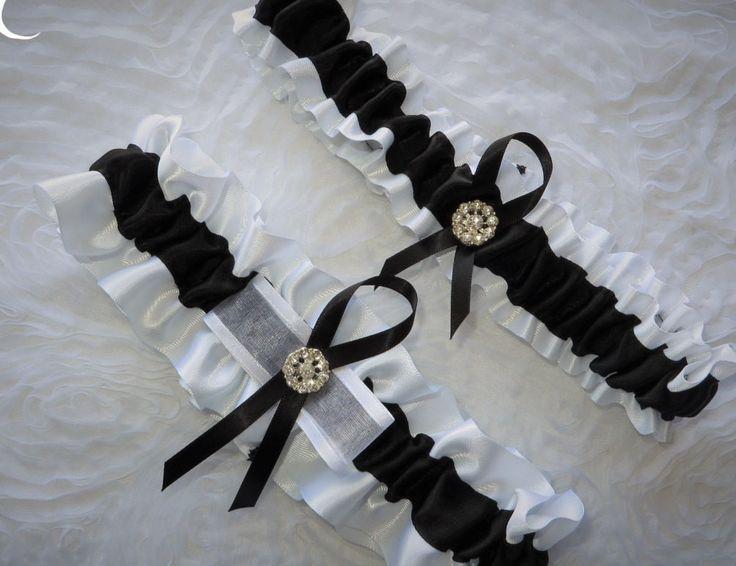 White And Black Garter Set Prom GartersBridal GartersBlack GarterGarter WeddingGarter SetKeepsakesRibbonSouvenirsSouvenir