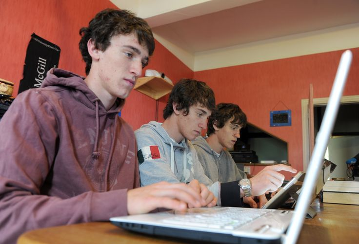 How to manage what teens do online