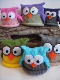 """Knitted Owl Baby Hats.....these are stinkin' adorable!  """"Put a bird on it"""""""
