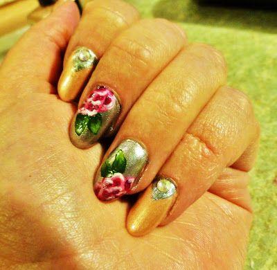 Kynsiblogi Berylli: Ruusuista ystävänpäivää! (2 tapaa tehdä ruusu) www.berylli.fi #nail #art #nailart #kynnet #ruusu #romanttinen #kynsitaide #kynsikoristelu #kauneus