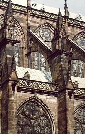 Arcs-boutants. La cathédrale de Strasbourg. Alsace