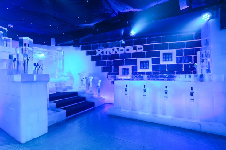 Xtracold ice bar in Amsterdam - Where everything is made of frozen ice