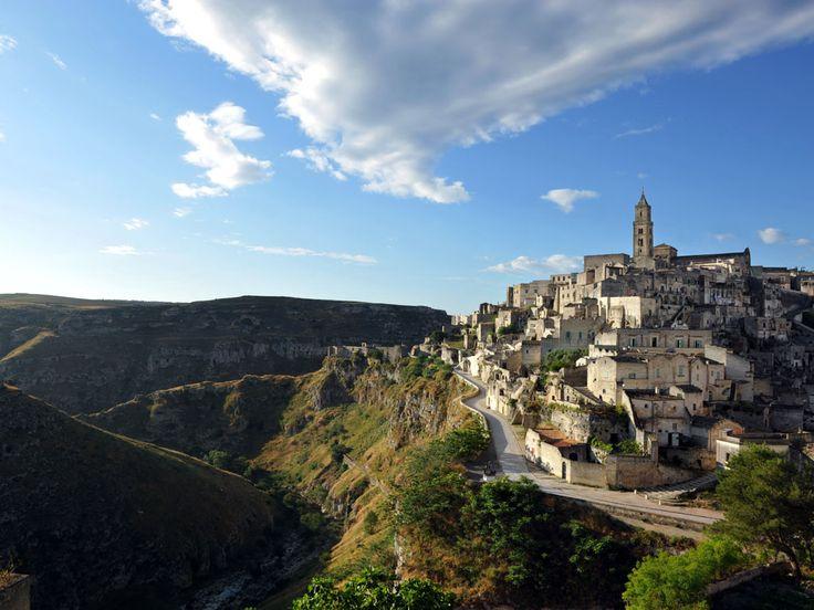 Matera. Sextantio Albergo Diffuso Le grotte della Civita. Il complesso è…