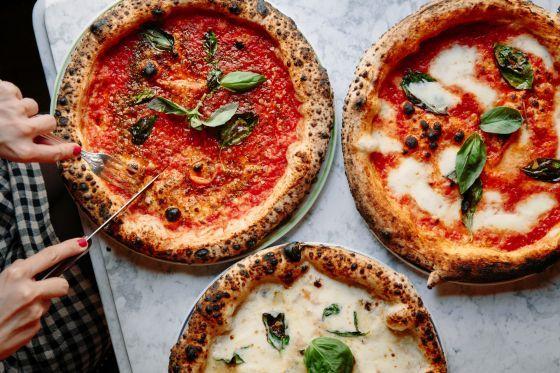 2ème - sentier - Popolare - pizzas 5 euros, 900m2, se transforme en club le weekend