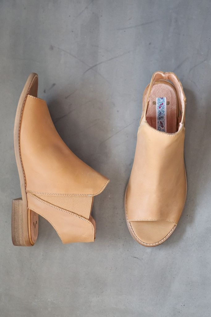 The Spring Sierra Pull On Sandal in Caramel