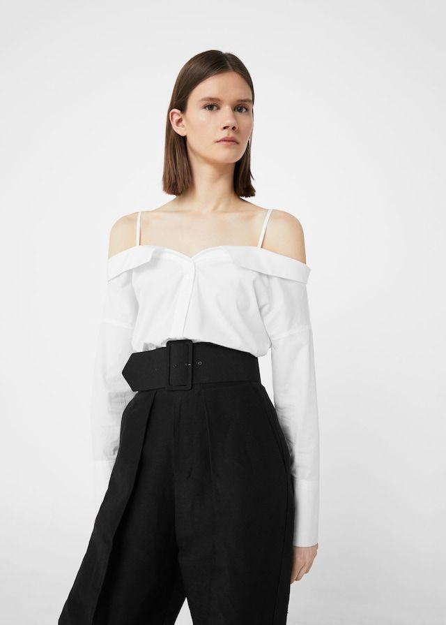 Off-shouldern cotton blouse