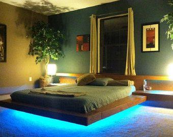 Nogal cama de plataforma por AugustmoonBeds en Etsy