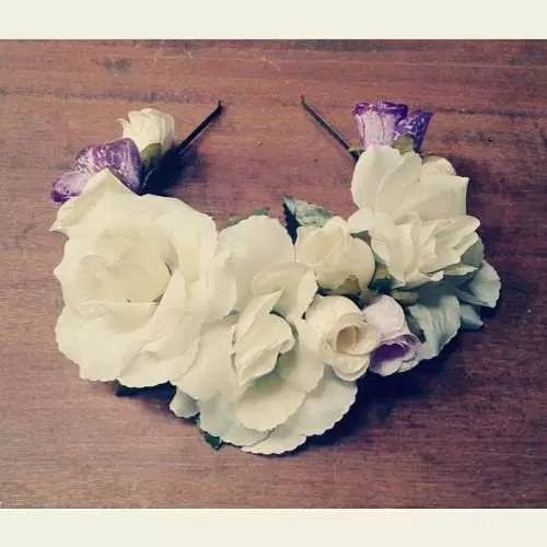 Vinchas Coronas De Flores Novias Casamiento Blanco Cotillon - $ 150,00