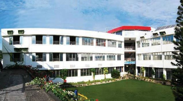 Of course, yes! As it is a beach town and tourist area, one can come across numerous budget and luxury hotels at New Digha. You can select your hotel based on the amenities and services you would like to experience. If you wish to have basic amenities at a nominal rate then go for budget hotels like Hotel Mahek, Hotel Shantiniketan, Hotel Kamala Residency or Hotel Rubina. These hotels will offer a clean room with bed, in house restaurant, TV, fan/AC, and a good stay.