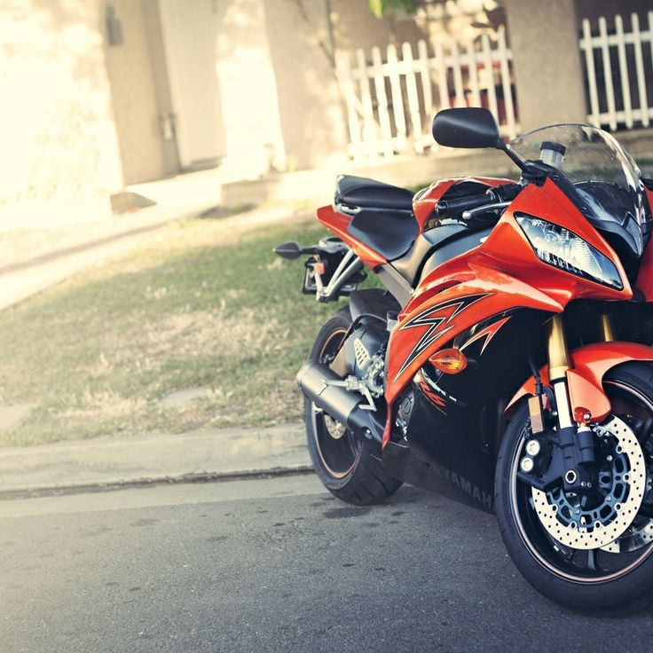 Yamaha YZF R6 Motorcycle
