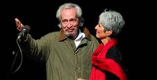 Após quatro décadas, Geraldo Vandré retorna aos palcos em show de Joan Baez