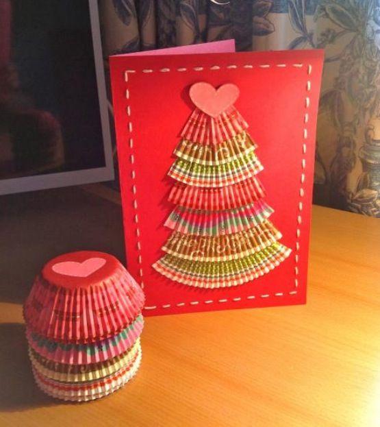 kerstkaart met boom van cupcake papier
