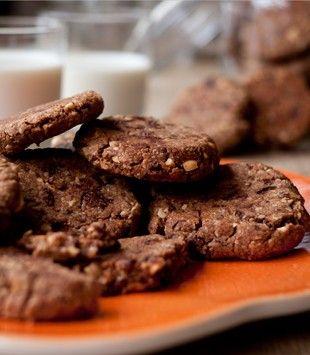 Salted peanut and chocolate cookies