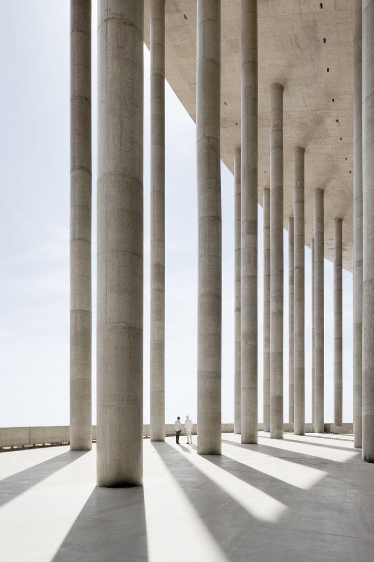 Image 4 of 18 from gallery of Brasilia National Stadium / gmp Architekten + schlaich bergermann und partner + Castro Mello Arquitetos. Photograph by Marcus Bredt