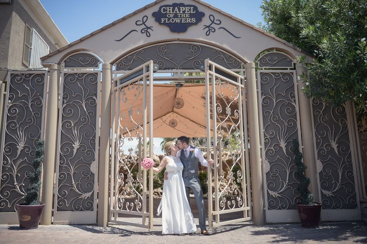1000 Images About Garden Wedding Venue Glass Gardens On Pinterest Limo Bouquet Flowers And