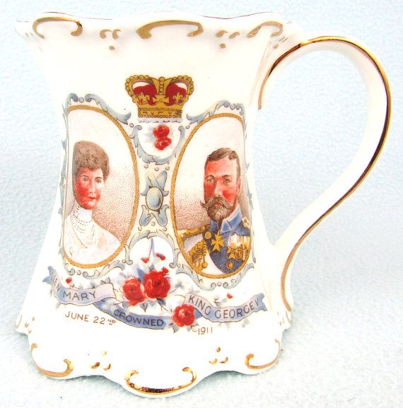 Stunning Antique Collectible Coronation Mug King George V and