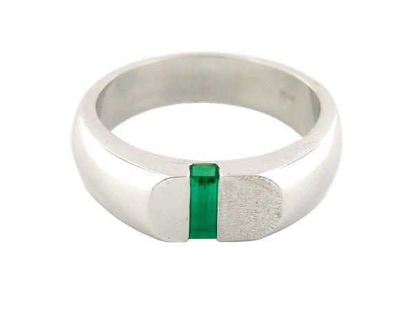 Baguette cut natural emerald set in 18K white gold men's ring