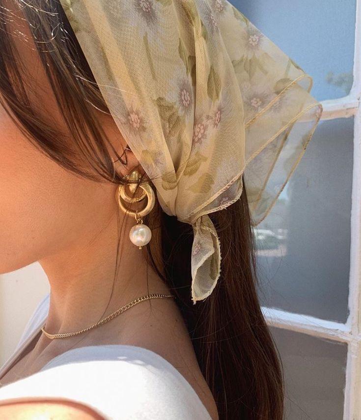 De belles idées de tenues, simples et élégantes ! Ne pas oublier les bijoux dans une tenue, voila un site sur lequel vous trouverez tout ce qu'il vous faut ! maisonbijouxshop.com