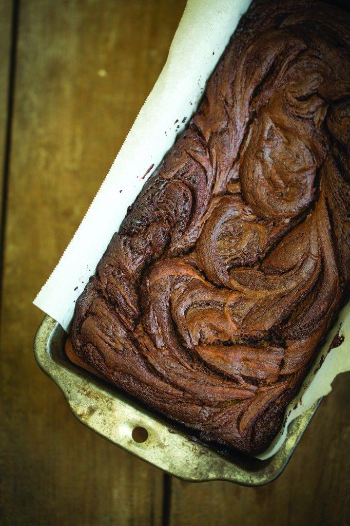 PaleOMG – Paleo Recipes – Cinnamon Chocolate Swirl Banana Bread