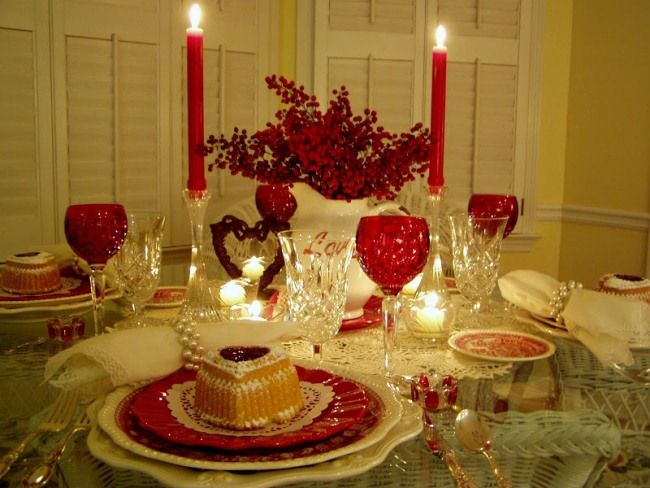 Table Setting Tablescape with Raspberry Heart Cakes and Vintage Copeland Spode Tower