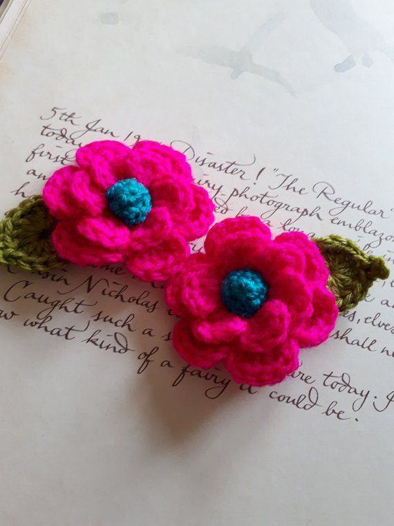 Set of Two Red Crochet Flowers and Leafs Appliques Crochet Appliques.