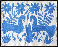 TEXTIL BORDADO  Origen: San Pablito, Puebla, México  Tamaño: 16 pulgadas de ancho, alto 13,5 pulgadas  Textil bordado hermoso hecho por los otomíes de la población de San Pablito en el estado de Puebla. Los textiles de los otomíes son famosos por su belleza y coloridos diseños basan en animales y plantas.  El artículo es enviado via USPS certificada. Una vez que envíe el paquete proporcionará un número de seguimiento. El tiempo de entrega varía de 11 a 20 días de trabajo.