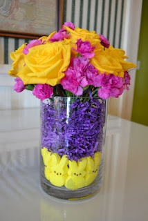 I'm so happy with the #Easter flower arrangement I made last night!