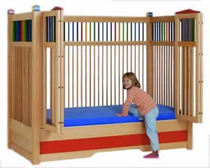 Special Needs Beds for Children.  KayserBetten.  Models for ambulatory and non ambulatory children. electric & non-electric. Top option available.