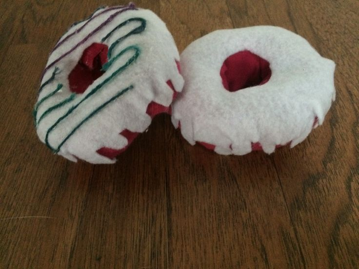 Donuts out of socks, inspired by Idunngoddess on youtube.