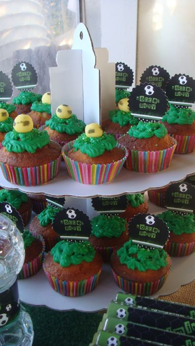 soccer party - cup cakes