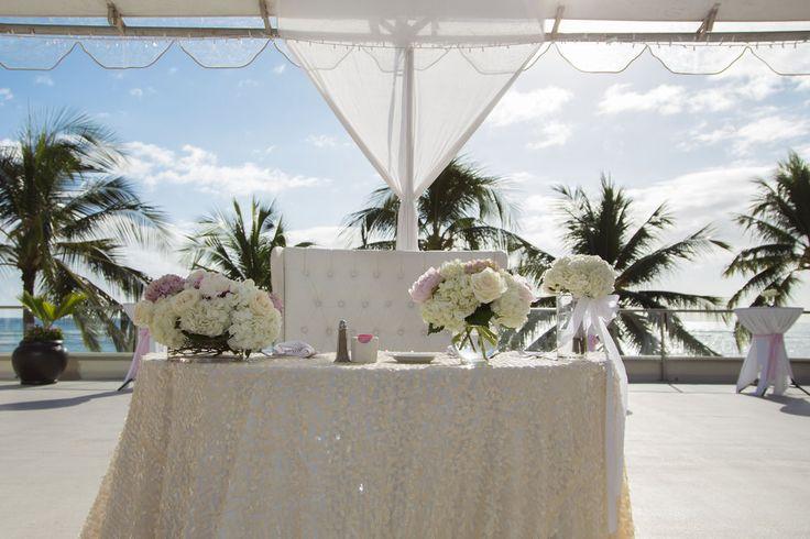Outrigger Reef Waikiki Beach Resort - outdoor wedding