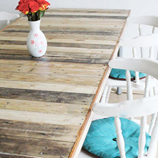 Turn an old door and pallets into a big dining table!