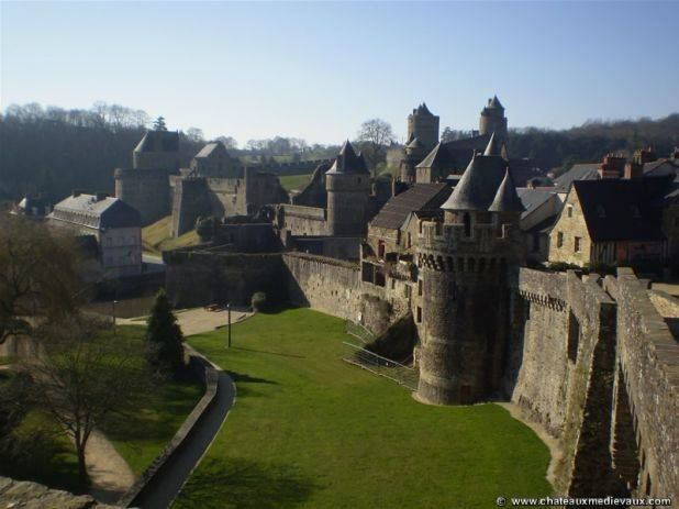 """""""After braving the exposed sands around Mont Saint-Michel at low tide and traveling inland, de Clermont allies welcomed us into the city of Fougères and lodged us in a comfortably appointed tower on the ramparts overlooking the French countryside.""""(Shadow of Night)   Pictured here is Château de Fougères - where Diana and Matthew stay en route to Sept-Tours. Read about it here: http://en.wikipedia.org/wiki/Château_de_Fougères and here: http://www.chateau-fougeres.com/ #RA4MC"""