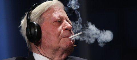 """Ukraine-Krise: """"Helmut Schmidt ruiniert seinen Ruf""""   Ukraine- Frankfurter Rundschau"""