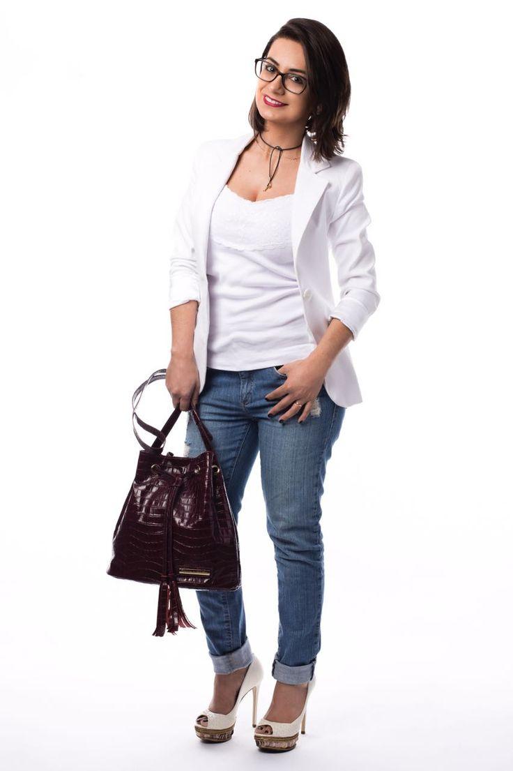 Maristela Guidotti com blazer clássico Unique para fotos Donna Guerriera