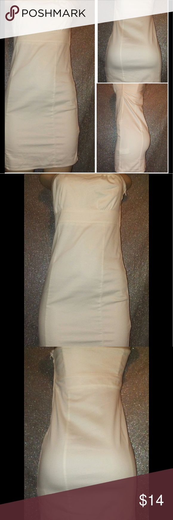 H & M plain White Tube top dress Like New H&M white mini dress H&M Dresses Mini