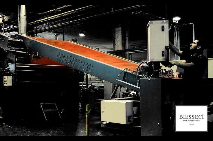Bünyemizde 20 kg.dan 1800 kg'a kadar çeşitli kapasitelerde 34 adet Brazzoli boya makinesi, 22 adet  finisaj makinesi mevcuttur.