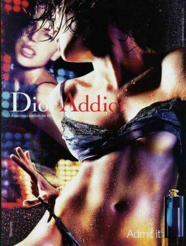 Dior Addict (2002/2012) http://www.parfumparfait.ro/review-dior-dior-addict-2002-dior-addict-eau-de-parfum-2012/