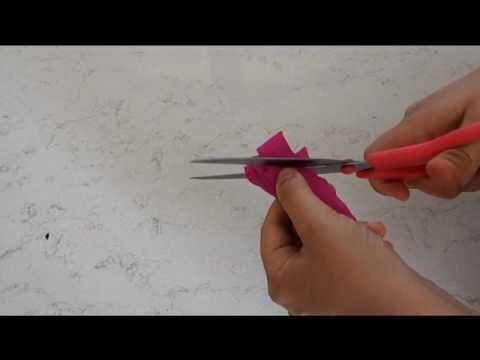 Fiore di carta crespa - video tutorial | Il magico mondo di Aly