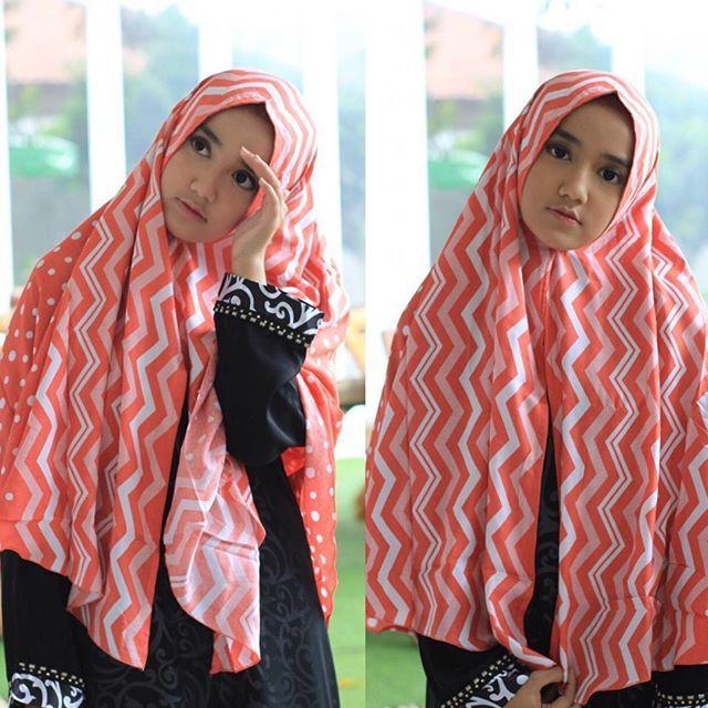 [FOTO] Wirda Mansur Mempromosikan Hijab