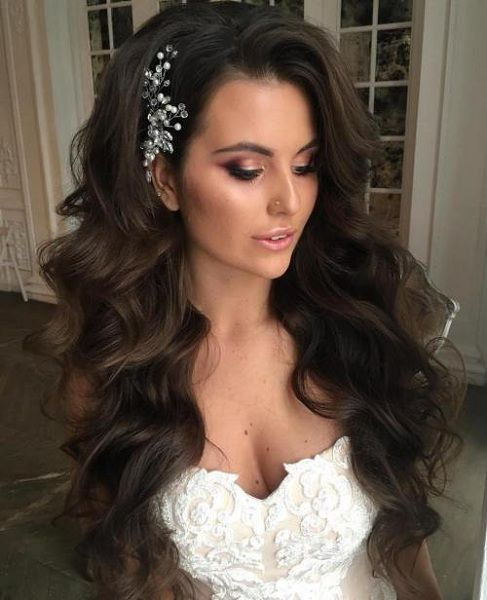 This blog is for all you beautiful brides with long gorgeous hair. Long hair can be difficult to manage and set a style for the wedding day, but if done right can look the most stunning as well. Lets help… #beauty #style #fashion #hair #makeup #skincare #nails #health #fitness #exercise