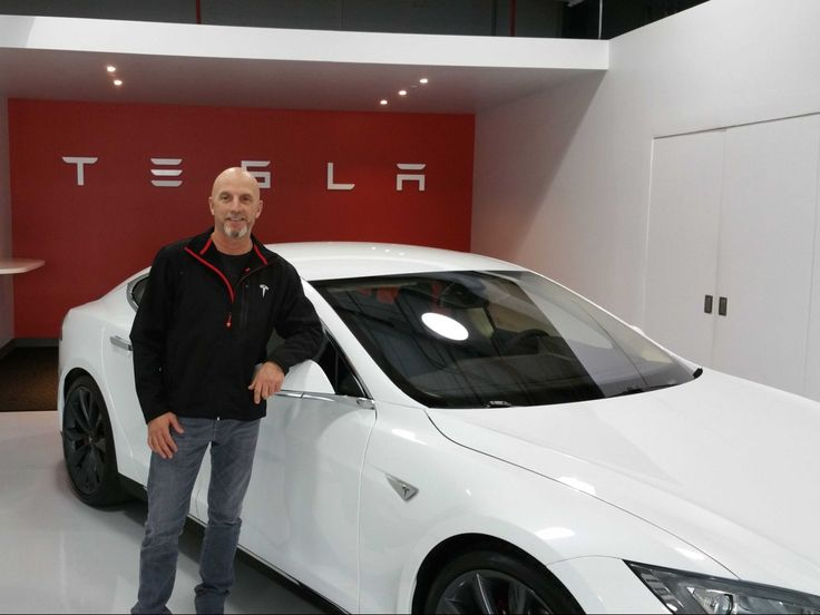Cool look at the new two-engine Tesla S
